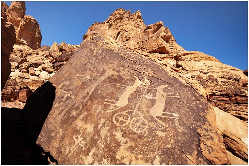 Jubbah rock carvings